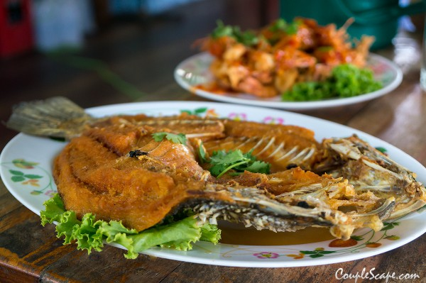 ครูหมูอาหารทะเล