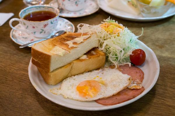 แฮม ขนมปัง ไข่ดาว